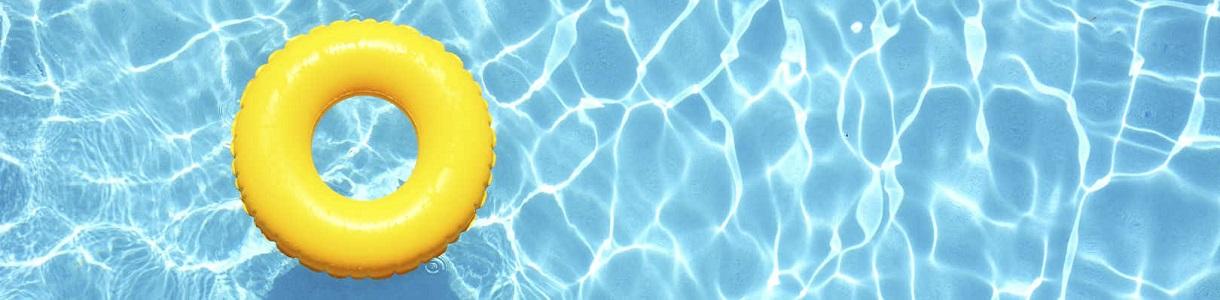 Gartenpool mit Schwimmring